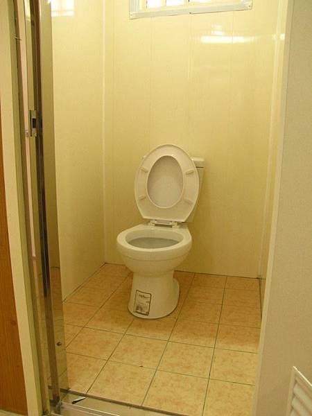高峰浴廁2