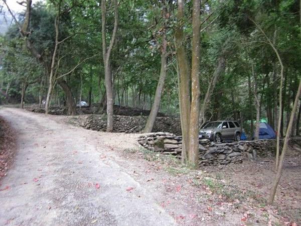 聽瀑階梯營地2