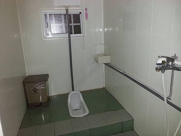 瑪達法賴衛浴A