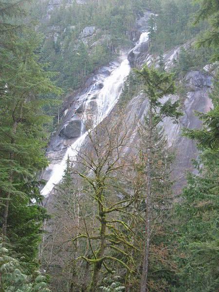 加拿大第三高瀑布