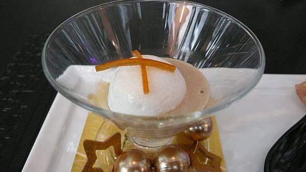 天巢法國甜點焦糖蛋白