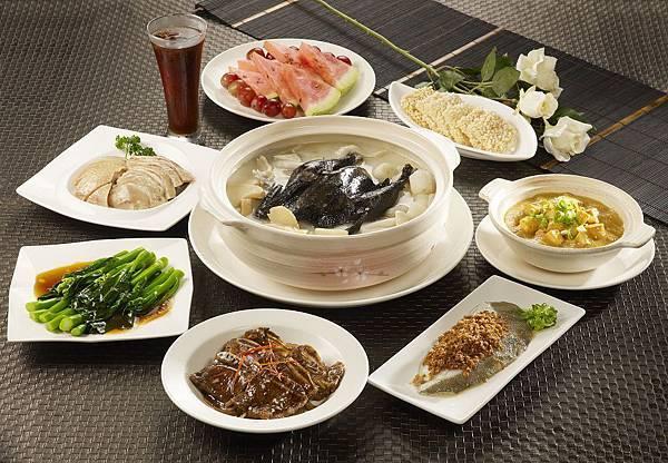 %5b晶宴會館%5d六人砂鍋雞湯套餐 (1).jpg