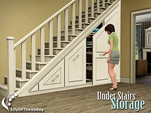 Lily_under_stairs_storage_set1