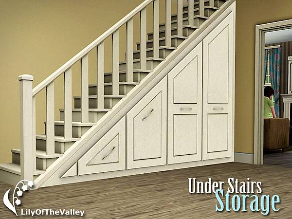 Lily_under_stairs_storage_set2