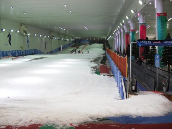 室內 滑雪.jpg