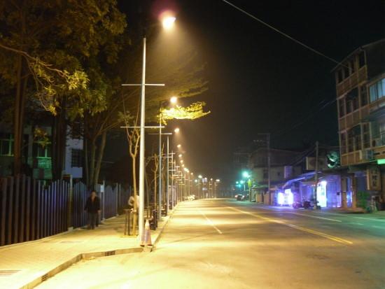 迷濛街燈.jpg