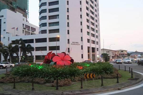 沙巴SABAH❤亞庇市區加雅街 ( Jalan Gaya)之佑記茶室肉骨茶、富源茶室KAYA咖椰吐司、suria sabah購物中心超市大採買。