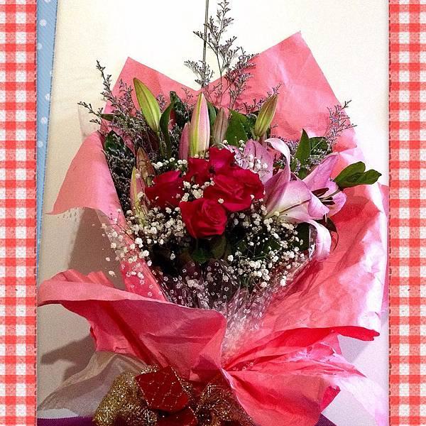 玫瑰花&百合花束
