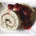 芝麻瑞士捲佐手工草莓醬