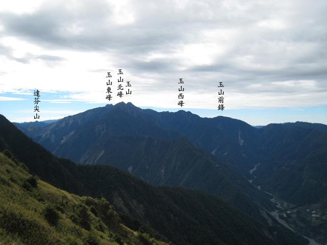 a17遠望玉山群峰.JPG