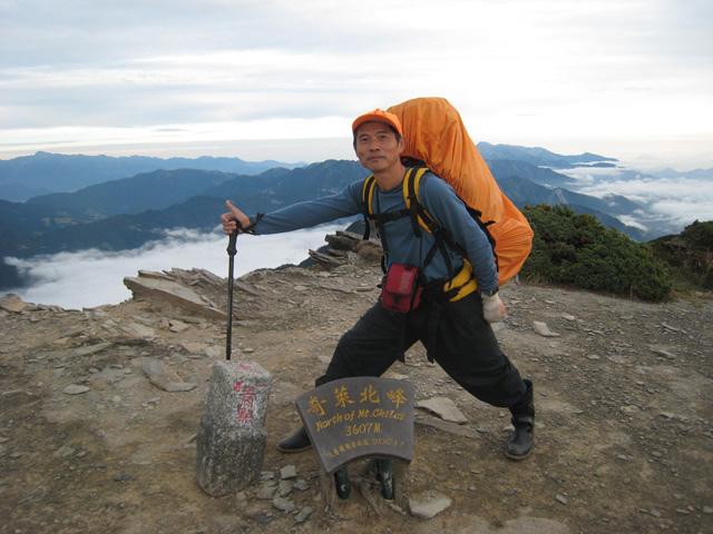 a18奇萊北峰 登頂.JPG