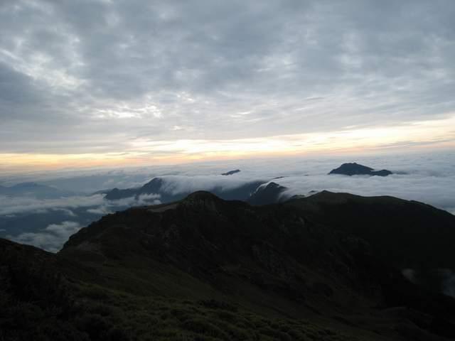 a22山巒雲瀑.JPG
