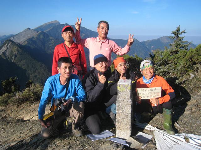 a58關山嶺山登頂.JPG