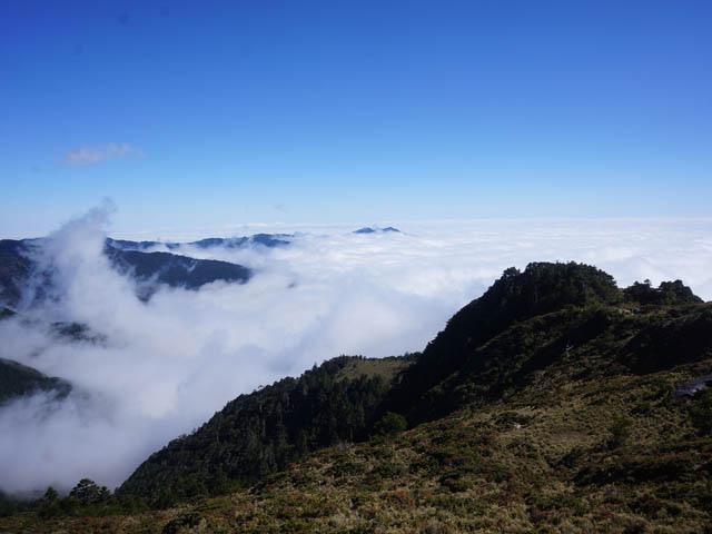a18山徑雲海.JPG