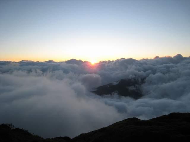 a13夕陽與雲瀑.JPG
