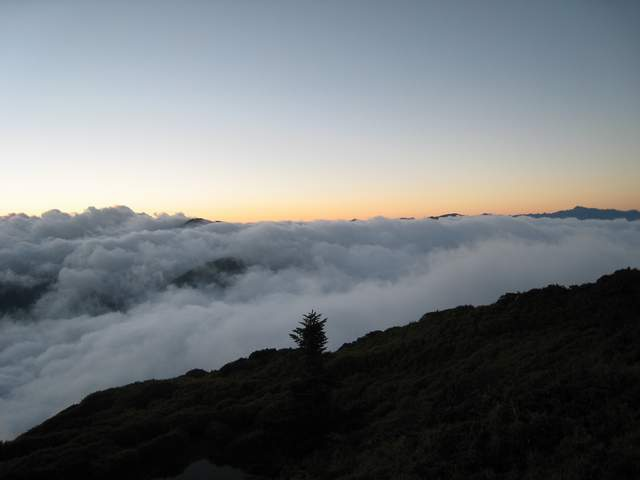 a14夕陽與雲瀑.JPG