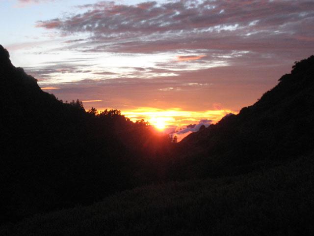 a33南湖山莊夕陽.JPG