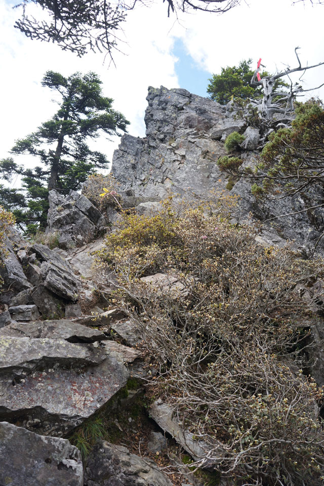 a51岩壁.JPG