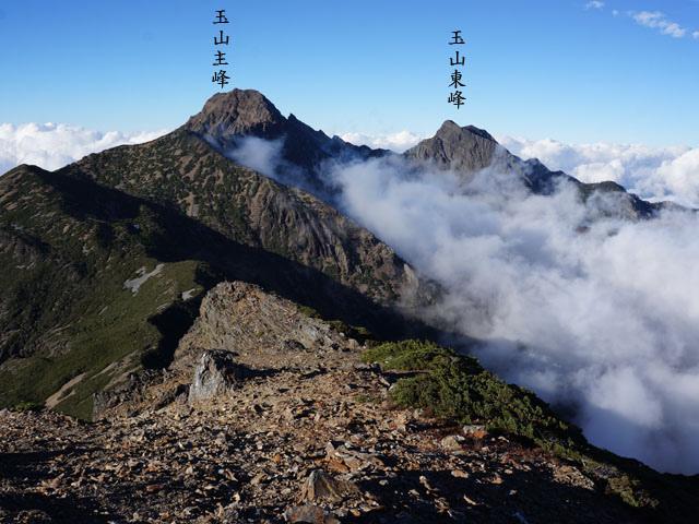 a27圓峰山屋稜線雲海.JPG