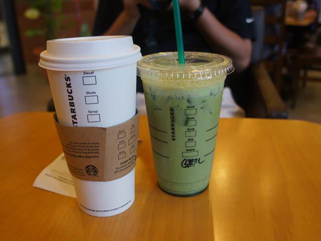 a12星巴客喝咖啡.JPG
