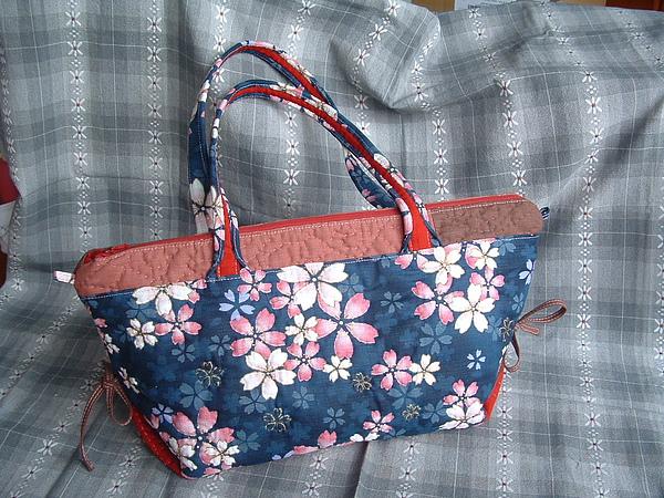 媽媽的櫻花提包