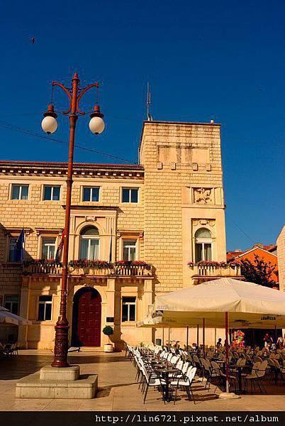 ZADAR-CITY HALL SQ 2.jpg