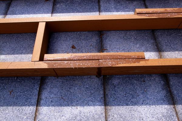 頂樓A區下平台架骨料+塑鋼膠.JPG