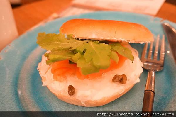煙燻鮭魚Bagel.JPG