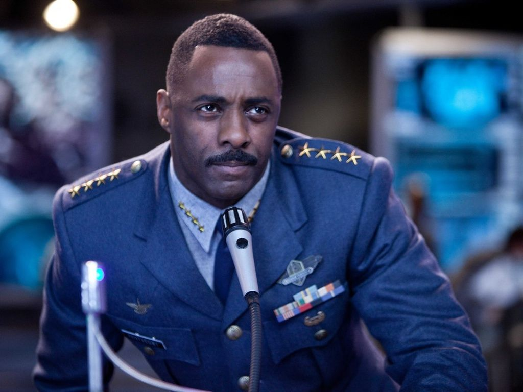 pacific-rim-is-idris-elbas-biggest-role-yet-as-commanding-officer-stacker-pentecost.jpg