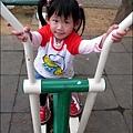 2011-0319-bossini衣服穿搭 (19).jpg
