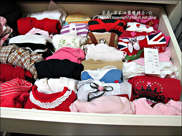 2010-0507-yuki夏天的衣服收納 (12).jpg