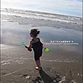 2011-0607-竹北-新月沙灘-施巴防曬乳 (12).jpg