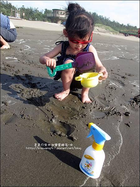 2011-0607-竹北-新月沙灘-施巴防曬乳 (21).jpg