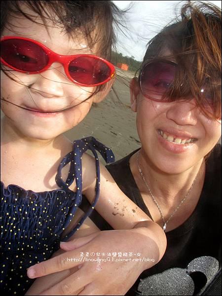 2011-0607-竹北-新月沙灘-施巴防曬乳 (28).jpg
