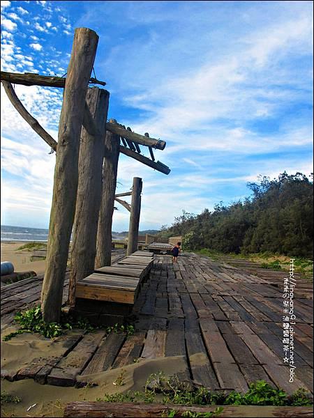 2011-0607-竹北-新月沙灘-施巴防曬乳 (31).jpg