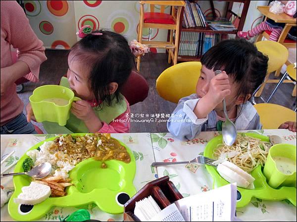 2011-0428-星期一-小太陽同學會-香山牧場 (7).jpg