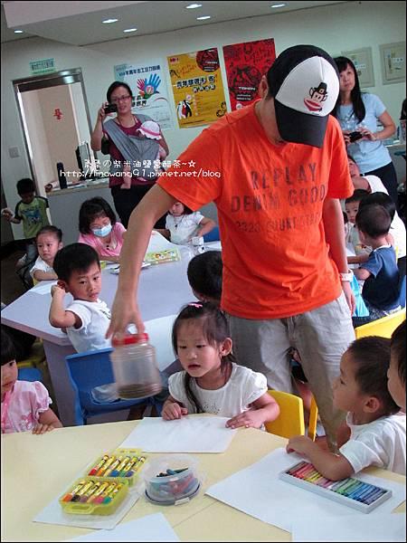 2011-0802-昆蟲課-昆蟲老師-吳沁婕 (4).jpg