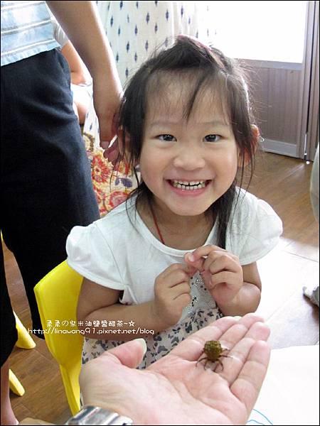 2011-0802-昆蟲課-昆蟲老師-吳沁婕 (20).jpg