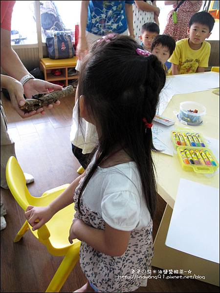 2011-0802-昆蟲課-昆蟲老師-吳沁婕 (24).jpg
