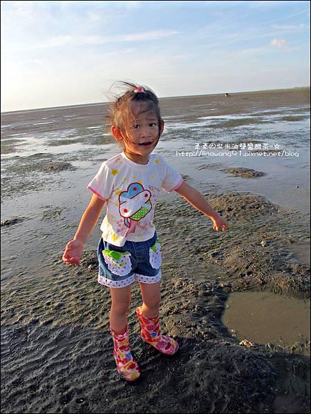 2011-0926-新竹-香山濕地挖蛤蜊 (9).jpg