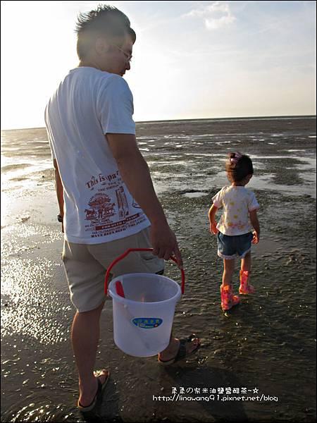 2011-0926-新竹-香山濕地挖蛤蜊 (10).jpg