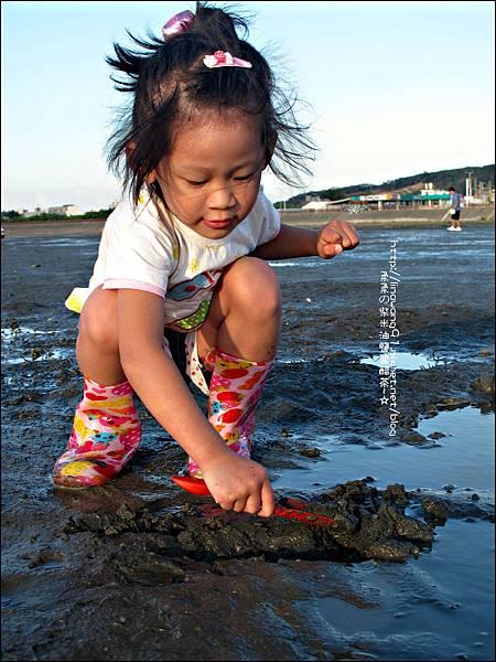 2011-0926-新竹-香山濕地挖蛤蜊 (19).jpg