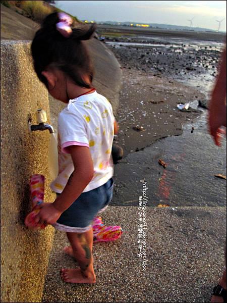 2011-0926-新竹-香山濕地挖蛤蜊 (26).jpg