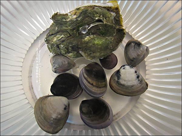 2011-0926-新竹-香山濕地挖蛤蜊 (30).jpg