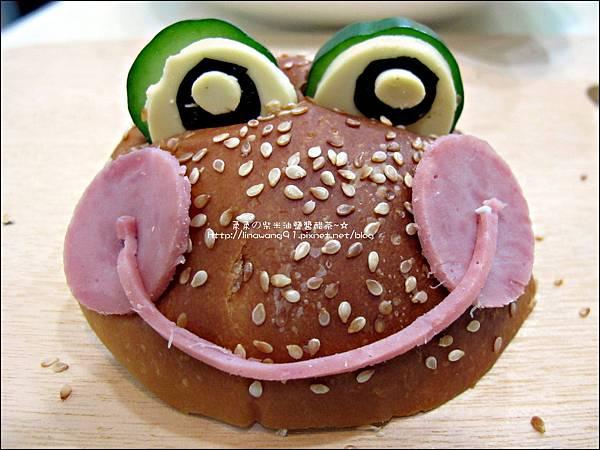 2011-1110-火腿青蛙漢堡 (1).jpg