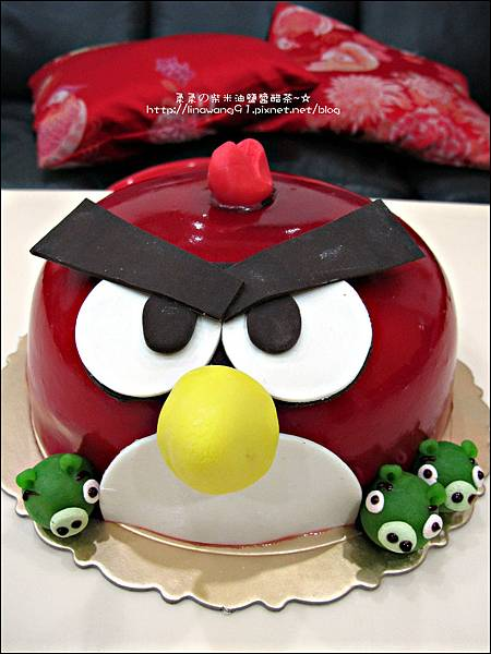 2011-1225-提雅諾精緻烘培-憤怒鳥蛋糕 (4).jpg