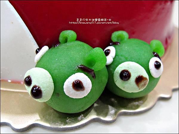 2011-1225-提雅諾精緻烘培-憤怒鳥蛋糕 (9).jpg