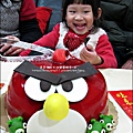 2011-1225-提雅諾精緻烘培-憤怒鳥蛋糕 (12).jpg