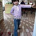 2011-1005-Yuki-3Y9M-偷穿高跟鞋.jpg