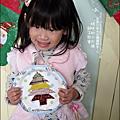 2011-1223-小太陽-5-4-聖誕派對-小樹花圈 (18).jpg